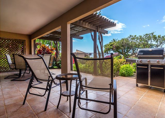 Lounge chairs on the Lanai - PMI Maui