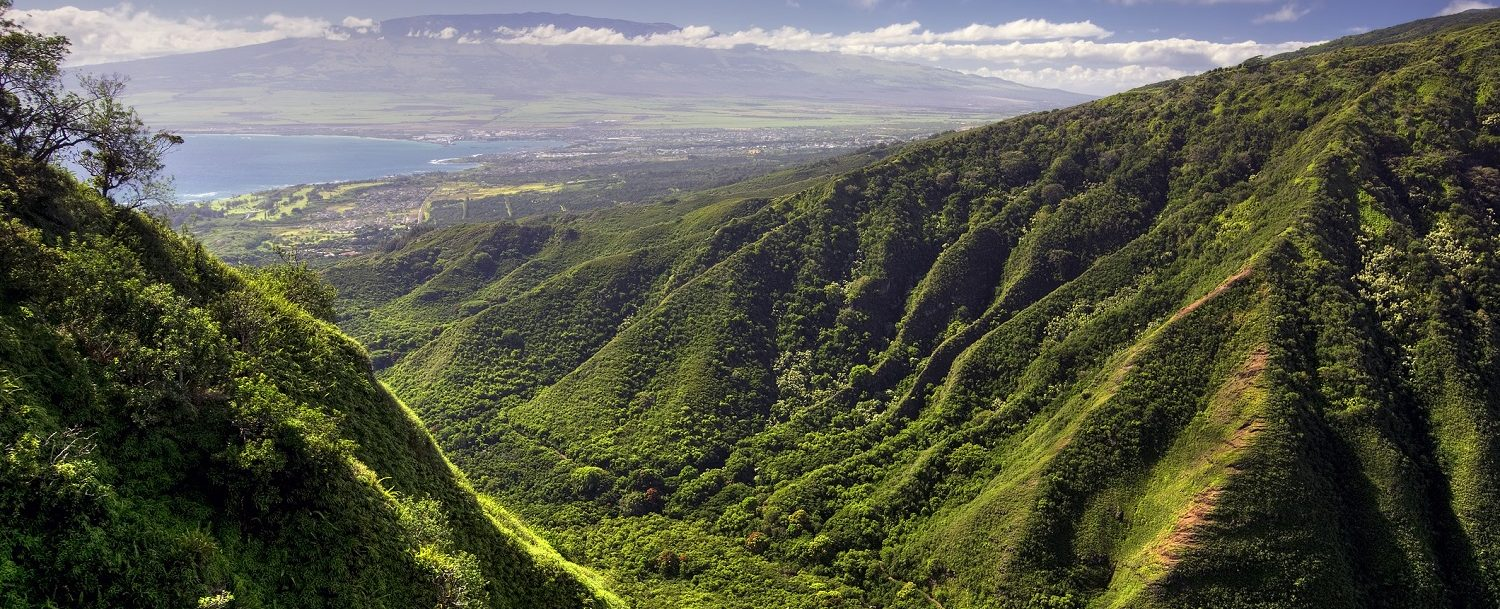 Waihee Ridge Trail and view of Kahului and Haleakala | Maui Scenic Drives