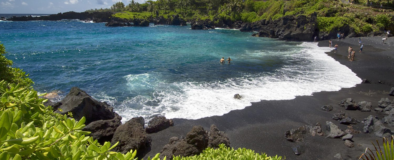 Maui's Black sand beach,Waianapanapa state park. Maui, Hawaii